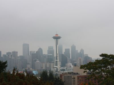 Queen Anne Castle, 1 Bedroom with Sweeping City and Sound Views, 10days max.
