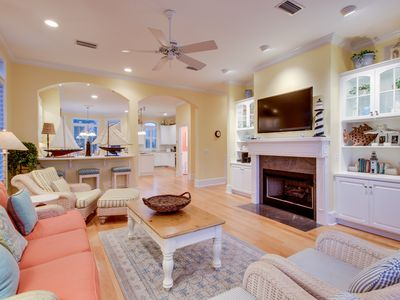 Photo for Oceanfront cottage w/view, balconies & shared pools, walk to parks
