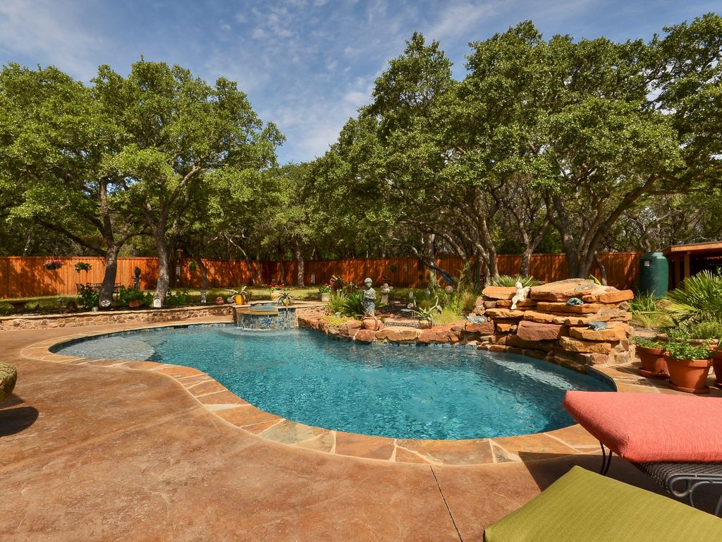 3bd 3ba Lake Travis Retreat With Pool Oasis Vrbo