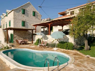 Photo for Holiday house Sumartin for 8 persons with 3 bedrooms - Holiday house