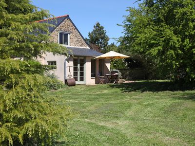 Photo for Luxury gite cottage & pool in 2 acres, close to Saumur, Loire Valley