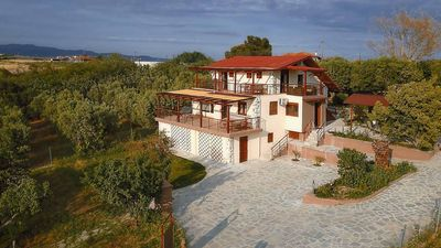 Photo for Luxury suite with 2 bedrooms in villa with Sea View