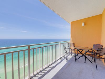Photo for Gulf-front condo w/ beach access & shared pool/hot tub/lazy river/waterpark!