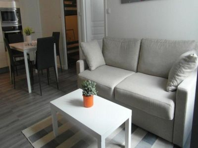 Photo for Apartment La Rochelle, 2 bedrooms, 6 persons