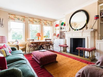 Photo for Beautiful homely 3 bedroom Battersea Park