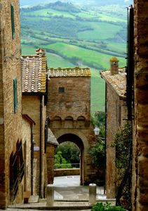 Photo for Exclusive douplex in a Medieval Tuscan Village