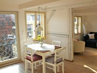 Very charming apartment in an historic building near the center of an historic town