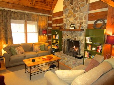 Carolina Cabin Rentals Trailhead Cabin Living Room