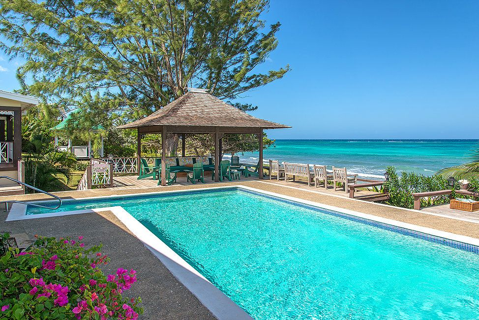 BEACHFRONT! FAMILY! FULLY STAFFED! POOL! SECURITY! Red Fox, Silver Sands, 5BR