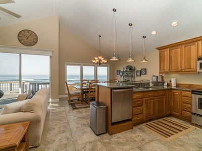 Photo for Oregon Coast Retreat 3 Bedroom direct ocean-front home located in South Beach