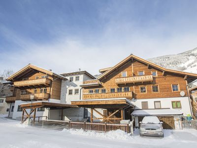 Photo for Relax-Deluxe Chalet Herzklopfen, private pine sauna, large sun terrace, lift