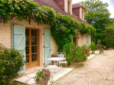 Photo for B&B/Chambre d'hote in a tranquil location near Domme.