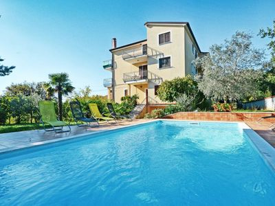 Photo for Apartment Albina (UMA350) in Umag - 3 persons, 1 bedrooms