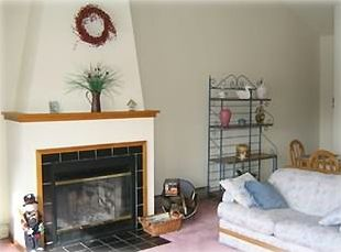 Beautifully decorated condo will allow you many hours of pleasure!