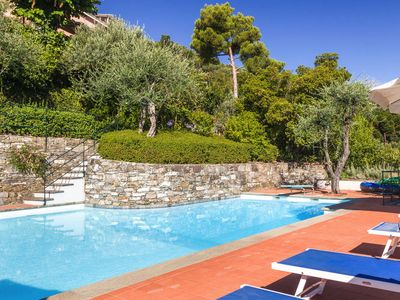 Photo for In a very nice area there is Cottage San Michele with a big private pool