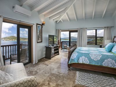 Photo for Pelican Way Villas, Secluded Waterfront Estate with  Breathtaking Island Views.