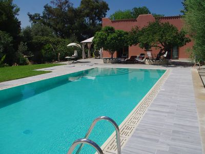 Photo for Coastal villa in subtropical garden near Syracuse, with pool and fast Wi-Fi