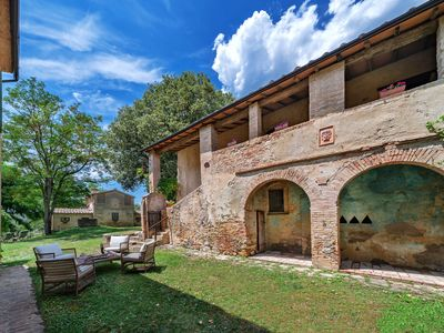 Photo for Family getaway  for an authentic Tuscan experience