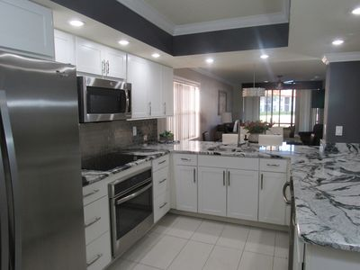 Brand new renovated kitchen that has everything you need to prepare a great meal