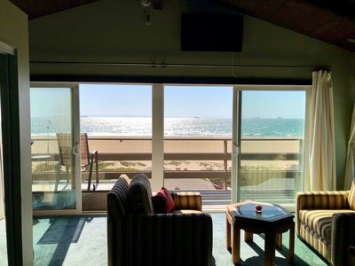 Photo for Wake up to beautiful ocean views!