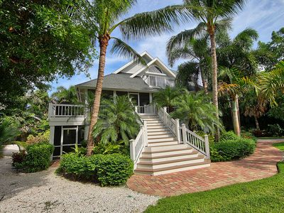 Photo for Pool Home in The Captiva Village - Isle-B-Back