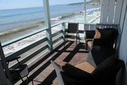 Beachfront Apt - Exclusive Malibu Rd.