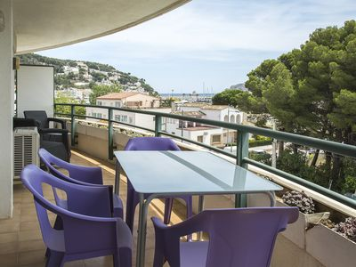 Photo for Feraio - Plus Costa Brava - Free WiFi & Netflix, 50m from beach, comm pool, pkg