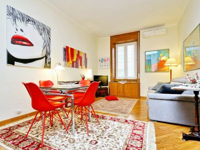 Photo for RATES ALL INCLUSIVE! Romantic & central flat, walking distance to the Vatican!