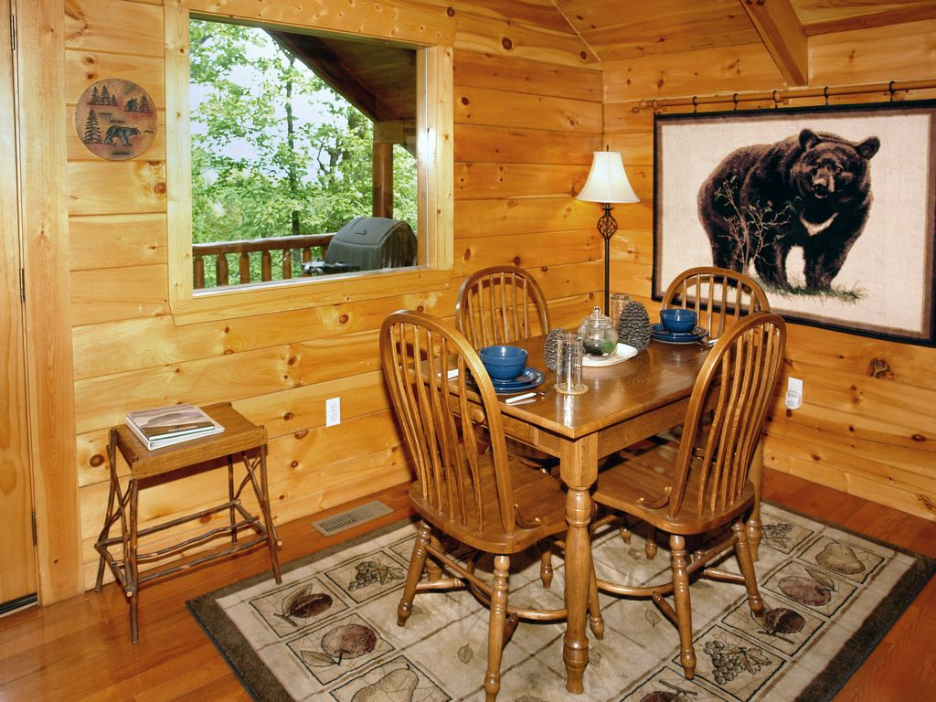 Secluded 1 Bedroom Cabin Near Pigeon Forge Tn Wears Valley Sevier County Tennessee