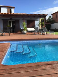 Photo for Wonderful villa with heated pool in first line !!!