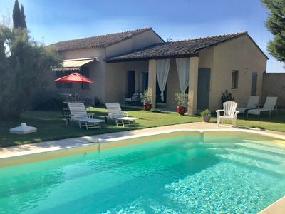Photo for Provencal countryside, house 100m2, private pool, 6 people