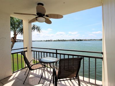 Photo for Casa G-207 Isla Del Sol  2 Bed 2 Bath Beautifully Renovated! NEW LISTING! Great View! Free Parking
