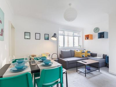 Photo for Chic 2bed apartment just a 2 min walk to Waterloo