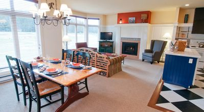 Spacious Dining rm & Living rm with gas fireplace