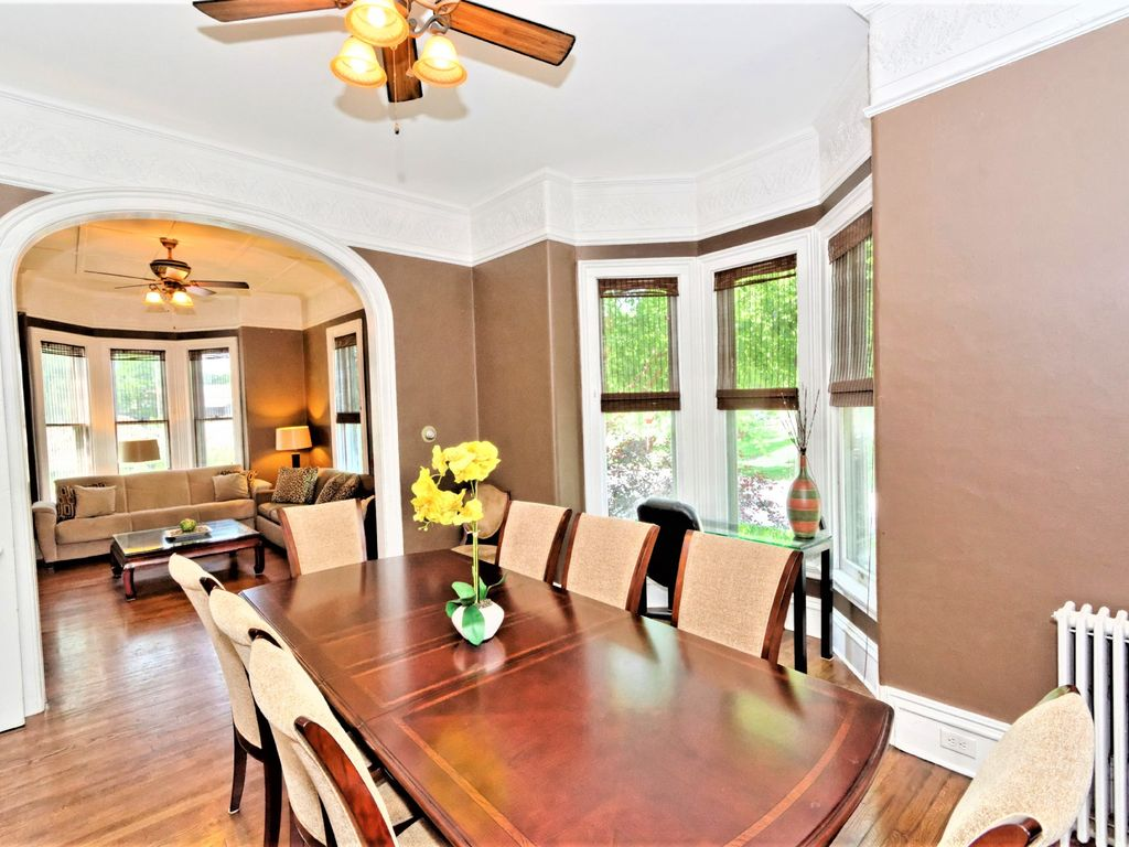 gorgeous home in the heart of town walk homeaway saratoga