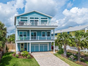 AMAZING! OVER 65 FIVE STAR REVIEWS! 6 BR NEWER OCEAN VIEW HOME, HEATED POOL!