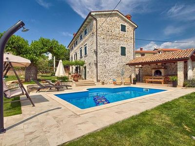 Photo for 4BR House Vacation Rental in Poreč, Istrien