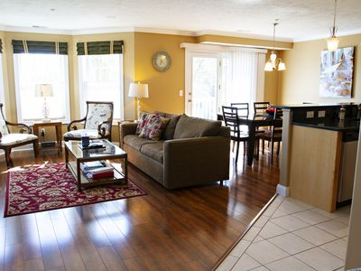DOWNTOWN TC, WEST BAY VIEW High End Condo, See Reviews!!