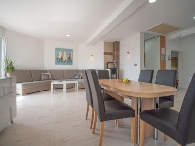 Photo for Apartment Nikas in Opatija/Ičići - 6 persons, 3 bedrooms