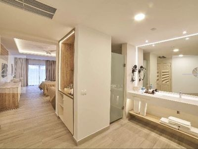 Photo for Paradise at your feet -Adult Only Newly Renovated Ambar Blue