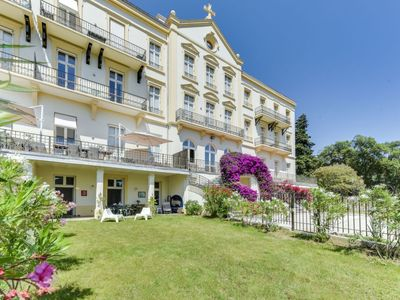 Photo for La Croix-Valmer Apartment, Sleeps 4 with Pool, Air Con and Free WiFi