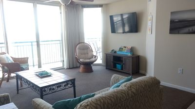 """Living Room with a View!  Features 50"""" Smart HDTV, DVD, Cable TV, Netflix & more"""