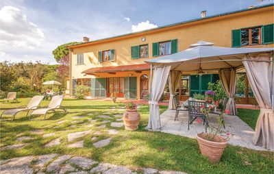 Photo for 4BR Apartment Vacation Rental in Crespina PI