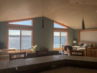 Million dollar view- Columbia River and Mt Hood,  Private entrance