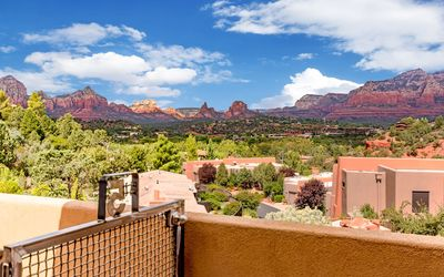 Photo for Sedona Vista Suite #5 @ Vista Ridge Sedona - Luxury Upstairs 2 bed/2 bath Condo