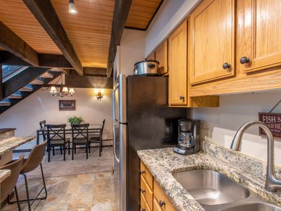 Photo for Ski-in/Walk-out condo, outdoor hot tub, free wifi, covered parking. kitchen