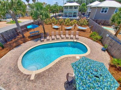 Large 28x15 Private Pool, 3 Hammocks! Picnic table, Dining Tables! An Oasis!