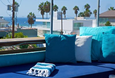 Spectacular roofdeck views