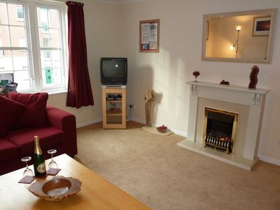 Photo for Modern 1st floor apartment free parking & wifi  2 bedroom 2 bathroom sleeps 5