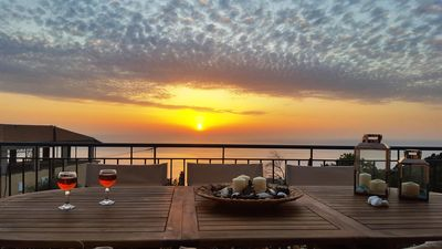 Photo for Horizon View Comfortable Apartment with amazing sunset view